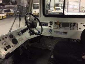 JBT/ FMC Expediter 160 Aircraft Tug Interior